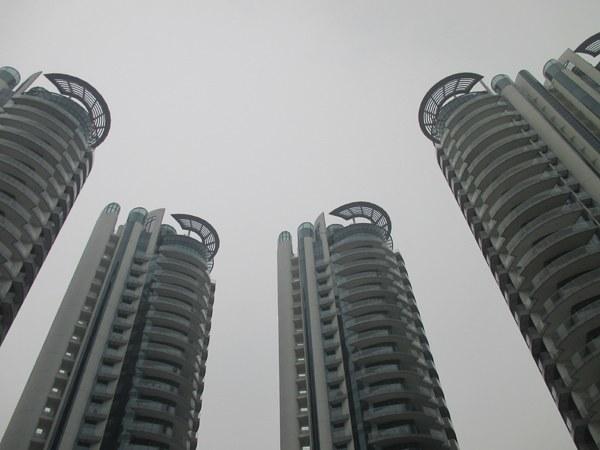 sing skyscrapers
